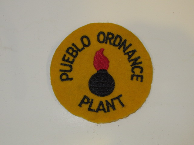 ORDNANCE WORKER PATCH, PUEBLO ORDNANCE DEPOT, WWII - Click Image to Close
